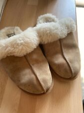 Ugg Slippers - Genuine - size UK 4