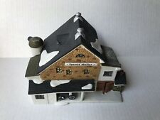 Dept 56 New England Series - Jannes Mullet Amish Barn - #5944-7 - 1989