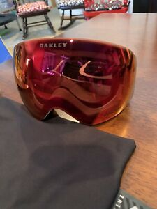 Oakley Flight Deck Goggles Matte White Pizm Torch Iridium Ski Snowboard