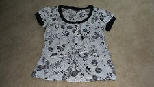 Willi Smith Women's Sleeveless Black/White LEAVES FLOWERS Top (size S) BUTTONS