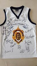 BROWNLOW JUMPER HAND SIGNED BY 16 MEDALLISTS HIRD SWAN GOLDSMITH MURRAY ETC