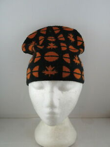 Vintage Westbeach Toque - Reversible with Maple Leaf Design - Adult One Size