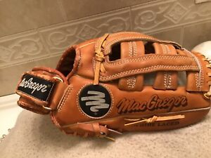 "MacGregor MAG36 11.75"" Youth Baseball Softball Glove Right Hand Throw"