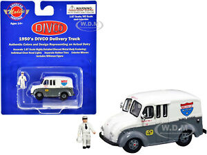 1950'S DIVCO DELIVERY GRAY & MILKMAN 1/87 HO AMERICAN HERITAGE MODELS AHM87-006
