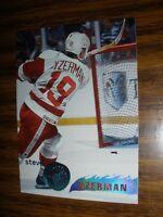 1995-96 Topps Stadium Club #20 Steve Yzerman Detroit Red Wings NrMT