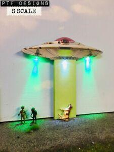 S Scale UFO ALIEN FLYING SAUCER  Scratch Built Flat-Front Background -S Gauge