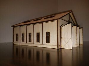 HO Scale Double Stall Engine House - Model railroad train kit building