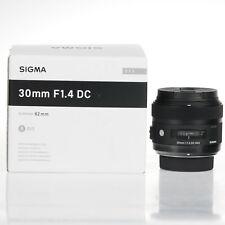 Sigma ART 30mm F1.4 DC HSM Objetivo (Montura Nikon)