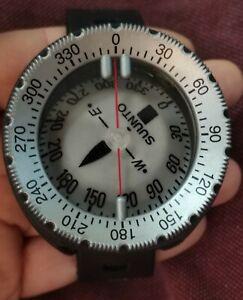 SUUNTOSK8Wristcompass divers scuba