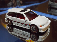2017 Hot Wheels Special Custom '90 HONDA CIVIC EF in White with Real Riders.