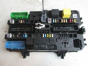 Sicherungskasten 13206759 Opel Zafira B 1.8 Bj 2006 23536