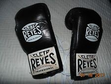 CLETO REYES 8oz All Leather Boxing Gloves