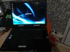 *Toshiba Qosmio G30-158 / XP Sp3 Oem / Rapide en Navigation/ Hdd 320Go / Ram 3Go