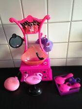 Barbie Beauty Salon von Mattel mit funktionsfähiger Brause & Stuhl