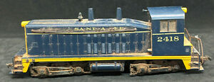 Athearn HO Santa Fe 2418 SW1500 Diesel Locomotive Vintage FOR REPAIR, Blue