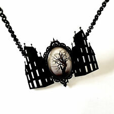 Necklace Collier Curiology House of Horrors Creepy Manor Dark Gothic Gothique