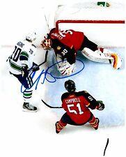 Vancouver Canucks CHRIS HIGGINS Signed Autographed 8x10 Pic A