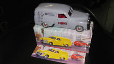 1.24 MINT AND BOXED HOLDEN FJ PANEL VAN KING GEE FAMOUS AUSTRALIAN COMPANIES