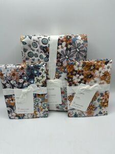 New Pottery Barn Amelia Floral King Duvet Cover and 2 Standard Shams