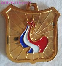 BG5930 - INSIGNE COMITE OLYMPIQUE JEUX DE FRANCE 1971