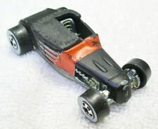 1998 HOT WHEELS 1/64 Diecast Black Track T Car with White Wall Tires-Thailand