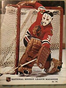 1972-73 Chicago Blackhawks vs Atlanta Flames Program Magazine Tony Esposito