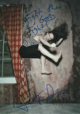 Juliette Lewis Autogramm signed 20x30 cm Bild