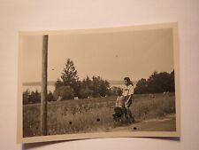 Herrsching im Juli 1932 - Geschwister am Wegesrand / Foto