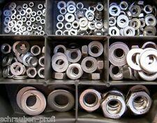 130 PEZZI ASSORTIMENTO scatola acciaio inox DADI RONDELLE VA M4 - M6