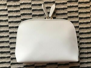 Burberry Beige Beauty Makeup Cosmetic Bag Case Purse Clutch