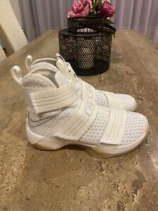 LeBron Soldier 10 SFG White Gum Sz 8.5