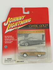 JOHNNY LIGHTNING CLASSIC GOLD COLLECTION 1961 FORD THUNDERBIRD INDY 500 PACE CAR