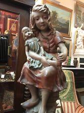 Statue sculpture ancienne polychrome fillette à la poupée platre signée 19ème