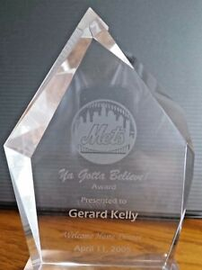 Mets Ya Gotta Believe Award Presented to Gerard Kelly 2005