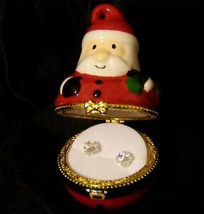 Avon CZ Stud Earrings Solitaire Cut Collectible Keepsake Christmas Santa Box NEW