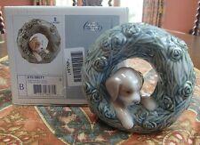 "Lladro#8071""Puppy-Natural Frames"" dog in a round floral arbor/frame - MIB,RV$200"
