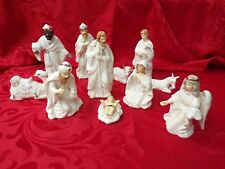White Ceramic Manger Figurines * set of 11 Nativity Ceramic Manger Figurines