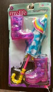 """Rainy Day Playset 18"""" Doll Clothes Umbrella Rain Boots NEW Distressed Packaging"""