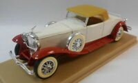 Solido 1/43 Scale Metal Model - SO58 DUSENBURG J WHITE/RED