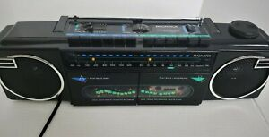 Vintage MAGNAVOX Boombox Dual  Cassette Stereo Radio D 8077 Tested. Working!!