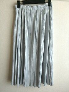 issey miyake pleats please skirt made in japan size 2 NEAR MINT flair light gray