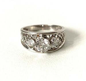 Modernist Solid sterling Silver Sparkling Triple Stone Ring : UK: O  In Gift Box