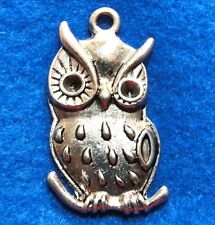25Pcs. Wholesale Tibetan Silver Large Owl Bird Charms Pendants Ear Drops Q0861