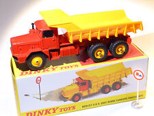 Camion BERLIET GBO 6x6 benne carrière basculante -ref 572 au 1/43 de dinky atlas