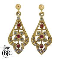 BJC 9ct Oro Amarillo Rubí Y Diamante Pequeño colgante pendientes de presión