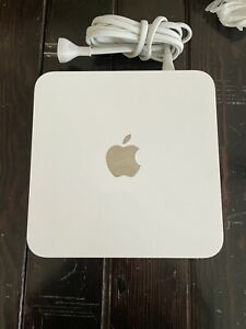 Apple Airport Time Capsule WiFi/ 2TB White Model A1409 4th Generation