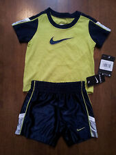 Boys-Size-12-Months-Short-Set-Nike-2-Piece-Multi-Color-Solid-Short-Sleeve-Dazzle