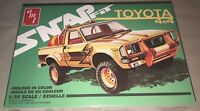AMT 1980 Toyota Hilux SR5 Pickup Truck Snap 1:25 Scale Model Kit NEW 1114 *