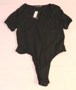 PrettyLittleThing Women's Plus Ribbed Plunge S/S Bodysuit LA1 Black Size US: 16