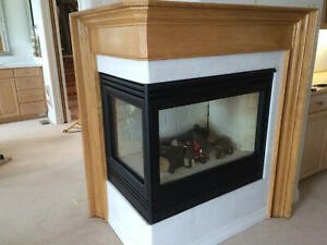 Heat-N-Glo Corner gas fireplace, Excellent condition, all pipe included